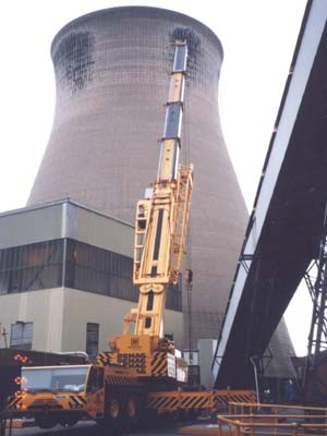 Removing valves at Ferrybridge Power Station to allow cooling water culvert inspection